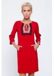 Сукня червоного кольору з орнаментом та мереживом