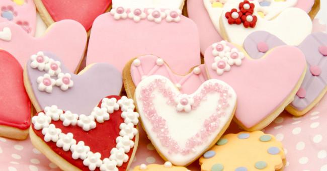 Готуємо солодощі  для коханих ласунок>