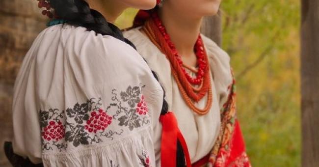 Традиційний одяг українок>