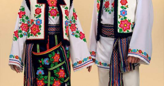 Національний український одяг>