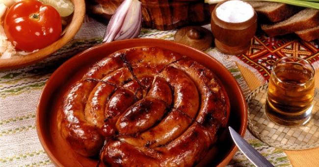 Гастрономічна подорож Україною, або 14 страв які неодмінно треба скуштувати!