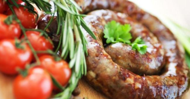 «Як романтично пахне ковбаса...», або Як приготувати смачну домашню ковбасу>