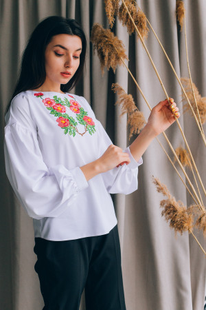 Вышиванка «Антонина» белого цвета