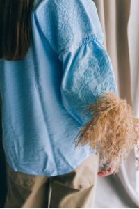 Вишиванка «Анісія» блакитного кольору