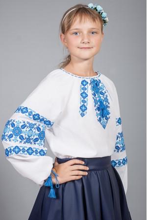 Вышиванка для девочки «Галочка» белого цвета с синим орнаментом