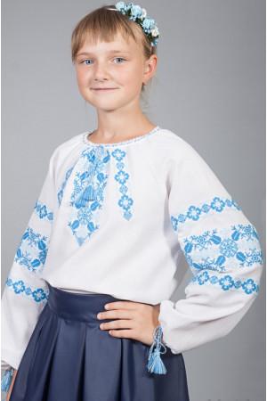 Вышиванка для девочки «Галочка» белого цвета с голубым орнаментом