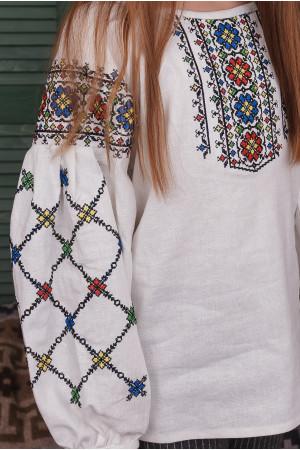 Вышиванка для девочки «Ядвига» бежевого цвета
