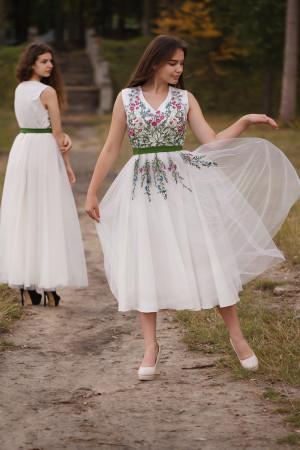 Платье «Веснянка» молочного цвета