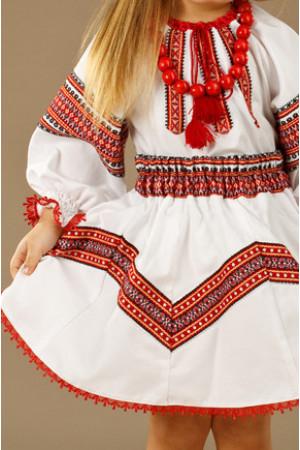 Костюм для девочки «Божена» белого цвета