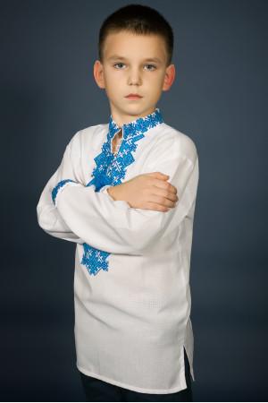 Вишиванка для хлопчика «Ростислав» з блакитним орнаментом