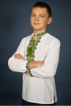 Вишиванка для хлопчика «Ростислав» з зеленим орнаментом