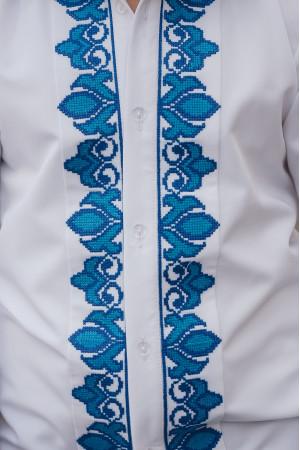 Вышиванка для мальчика «Устин» с голубым орнаментом