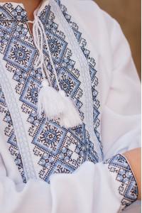 Вышиванка для мальчика «Джура» белого цвета
