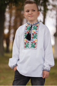 Вышиванка для мальчика «Соломон» белого цвета
