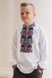 Вышиванка для мальчика «Максим» белого цвета