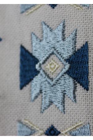 Вышиванка «Радан» с голубым орнаментом