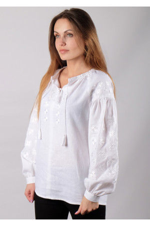 Вышиванка «Заря» белого цвета