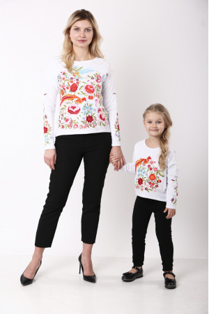 Комплект для мамы и дочки «Сказочный мир» белого цвета