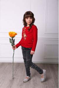Футболка для дівчинки «Весняна 2» червоного кольору
