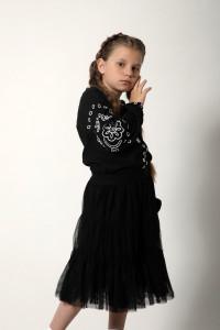 Вишиванка для дівчинки «Мереживні сни» чорна з білим орнаментом