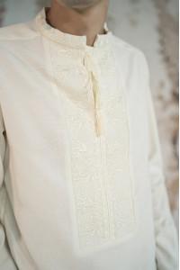 Мужская вышиванка «Фантазия» молочного цвета