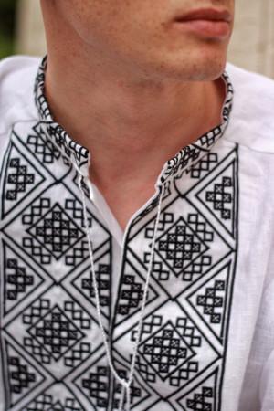 Чоловіча вишиванка «Отаман» біла з чорним орнаментом