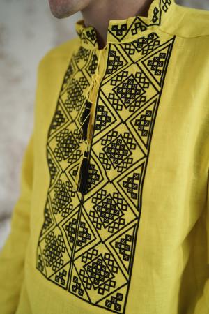 Чоловіча вишиванка «Отаман» жовтого кольору