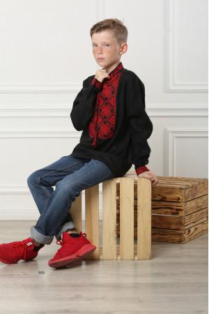 Вишиванка для хлопчика «Отаман» чорна з червоним орнаментом