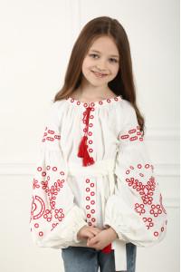 Вишиванка для дівчинки «Мереживні сни» білого кольору