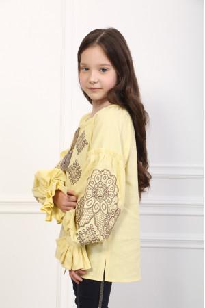 Вишиванка для дівчинки «Тенета ніжності» жовтого кольору