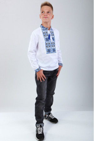 Вишиванка для хлопчика «Феєрія» з синьо-чорним орнаментом