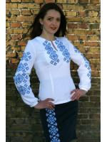 Вышиванка «Мечта» с голубым орнаментом
