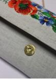 Вишитий клатч «Український букет» сірого кольору