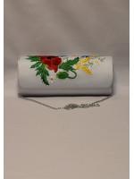 Вишитий клатч «Українська чарівність» білого кольору