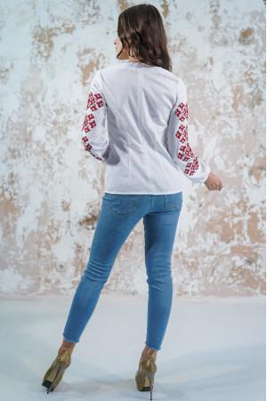 Вишиванка «Мрія» білого кольору з червоною вишивкою