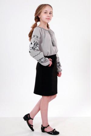 Вышиванка для девочки «Розовая дорожка» серого цвета