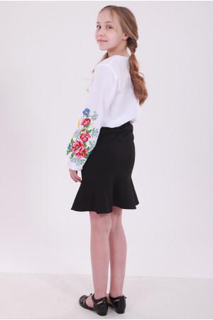 Вишиванка для дівчинки «Дзвінкий букет» білого кольору