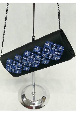 Вишитий клатч «Мрія» з синім орнаментом