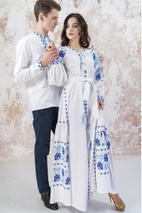 Вышитый комплект для пары «Очарование» белого цвета с клиньями