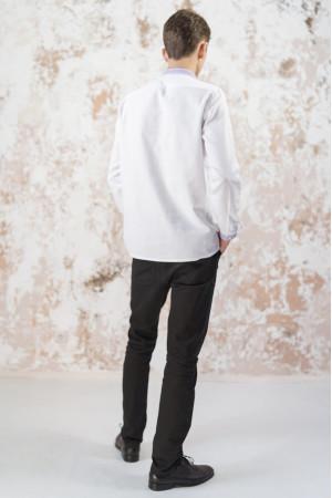 Мужская вышиванка «Лилия» белого цвета