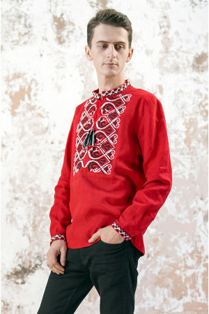 Мужская вышиванка «Фортуна» красного цвета