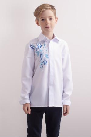 Вышиванка для мальчика «Завитки» белого цвета