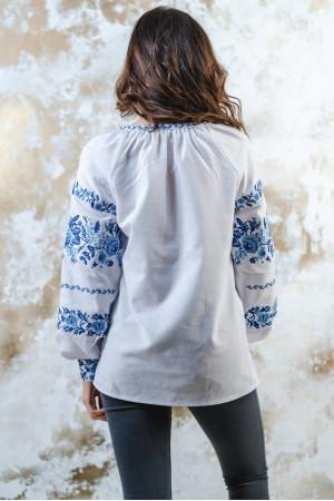 Вышиванка «Розовая дорожка» белого с синим цвета
