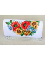 Вишитий клатч «Український букет» білого кольору