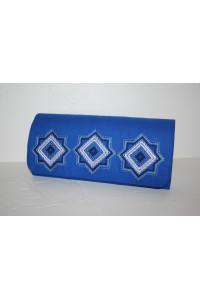 Вишитий клатч «Мотиви геометрії» синього кольору