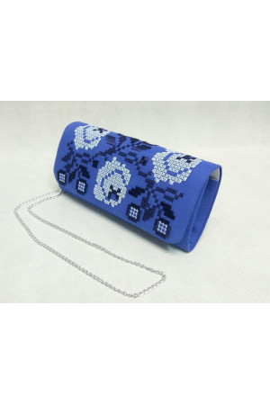 Вышитый клатч «Очарование» синего цвета