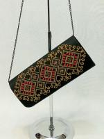 Вышитый клатч «Золотая осень» черного цвета