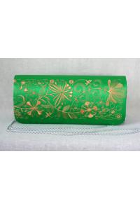 Вышитый клатч «Романтика» зеленого цвета с золотым