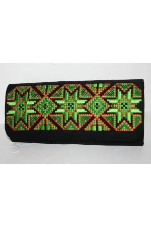Вишитий клатч «Розкіш» чорного кольору з зеленим