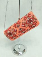 Вышитый клатч «Элегия» персикового цвета